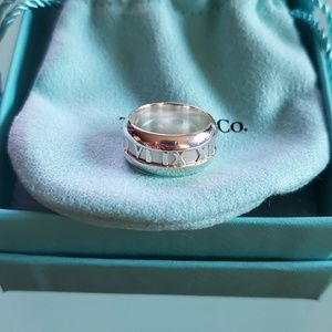 Tiffany & Co Atlas Ring